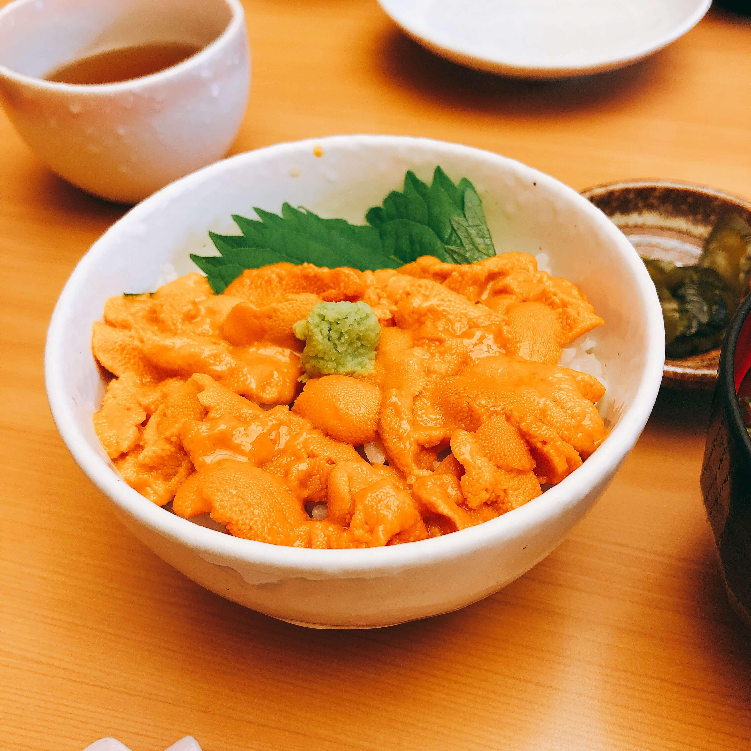 函館「むらかみ」でうに丼。ミョウバンを使わない極上のうに&絶品いくら